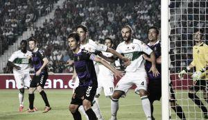 Real Valladolid - Elche: oportunidad de oro para abrir brecha con el descenso