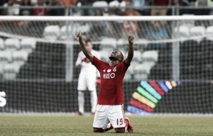 El Benfica sale victorioso del tablero sintético Do Bessa