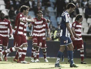 Insúa debuta con el Granada CF en Riazor