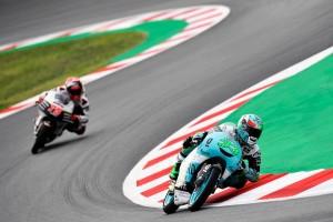 GP Catalunya, Moto3: pole di Bastianini
