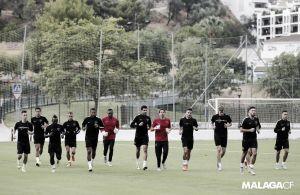 El Málaga se entrena sin partidos a la vista