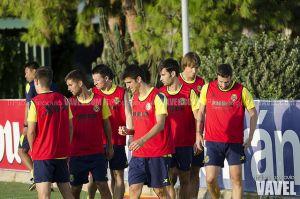 Marcelino cita a 19 futbolistas para el duelo europeo