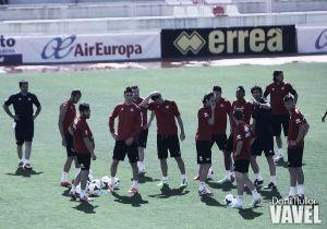 Jémez entrena con 6 del filial de cara a Mestalla