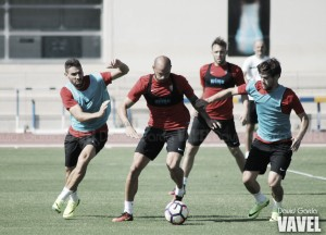 El Almería empieza a preparar el partido ante el Huesca con una intensa sesión
