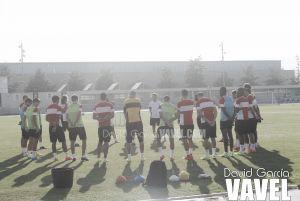 El Almería vuelve a los entrenamientos con la mente puesta en Ipurúa