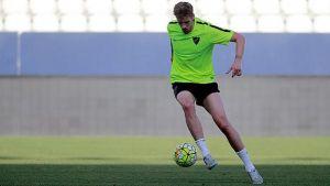 Albentosa completa su primera sesión como jugador del Málaga CF
