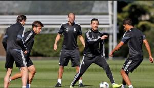 Ancelotti terminó de preparar el partido frente al Schalke