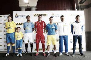 Presentadas las nuevas equipaciones de la UD Las Palmas