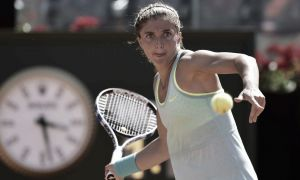 WTA Roma: Errani di carattere, derby alla Knapp, fuori la Vinci