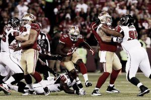 Los 49ers sellan su clasificación ante los Falcons