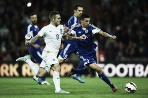 Estonia - Inglaterra: victoria para afianzarse