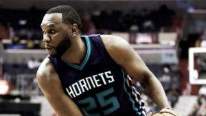 Al Jefferson, una temporada más con los Hornets