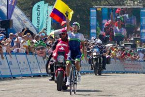 Esteban Chaves, mejor corredor joven del Tour de Pekín