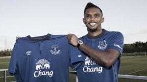 Eto'o refuerza la delantera del Everton