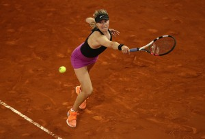 WTA Madrid - Bouchard sorprende Sharapova, rischia Kerber, fuori Ka.Pliskova