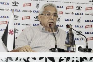 Eurico Miranda promete vaga na Libertadores e pensa em nova contratação