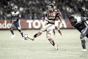 Flamengo recebe Emelec em busca da vitória para se classificar na Libertadores