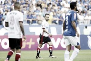 """Éverton Ribeiro admite frustração com empate em Minas: """"Poderíamos sair com três pontos"""""""