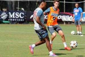 Slovan - Napoli, i convocati di Benitez: out Zuniga e Jorginho