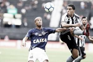 Em jogo de arbitragem confusa, Botafogo e Santos empatam sem gols