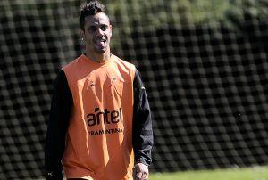 Peñarol entrenó pensando en Atenas