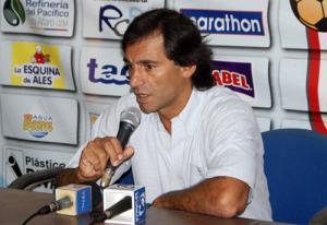 Fabián Bustos confirmado como director técnico del Manta FC