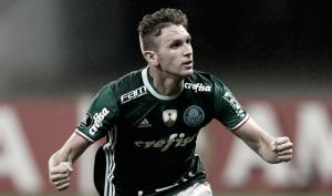"""Autor do gol da vitória, Fabiano comemora garra da equipe """"Lutamos até o fim"""""""