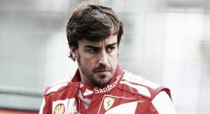 """Fernando Alonso: """"Hemos tenido que quitar potencia durante toda la carrera"""""""