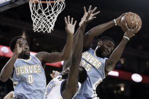 Los Warriors no pueden certificar su pase a Playoffs frente a los Nuggets