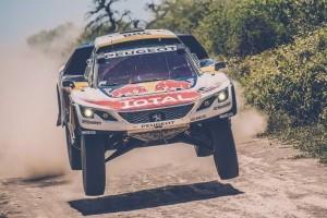 Dakar 2017: 3a tappa a Peterhansel e Barreda. Precipitano le Toyota e Price