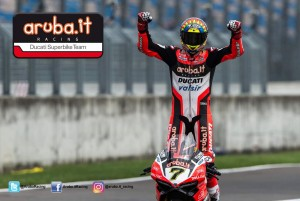 WorldSBK, Gp di Germania - Davies domina anche in Gara2