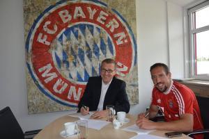 Ribery prolonge avec le Bayern jusqu'en 2017