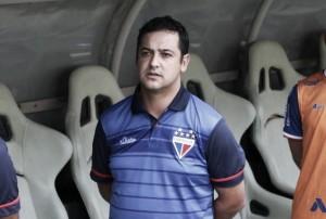 Vivendo momento conturbado internamente, Fortaleza anuncia saída de Marquinhos Santos