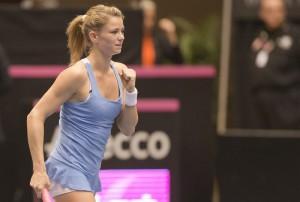 Fed Cup 2016: fantastica Giorgi vince in rimonta sulla Mladenovic e porta l'Italia in vantaggio