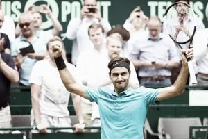Federer leva susto contra Paire, mas consegue vencer e avançar às quartas em Halle