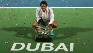 ATP Dubai: sette volte re Federer, Djokovic battuto