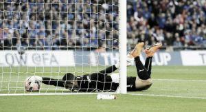 Reading 1-2 Arsenal: Fumbling Federici gifts Arsenal win