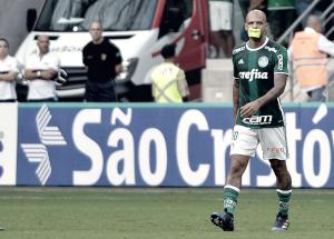 Felipe Melo é suspenso de seis jogos na Copa Libertadores por confusão no Uruguai