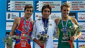 Fernando Alarza se cuelga la plata en el mundial Sub-23 de triatlón