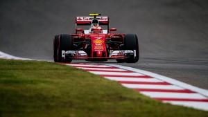 F1 Cina, libere rosso Ferrari