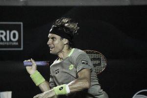 Ferrer avanza a ritmo de samba