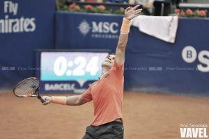 Ferrer debuta con solvencia en Barcelona