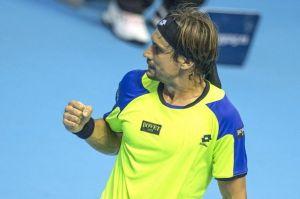 Ferrer se lleva un duelo plagado de errores