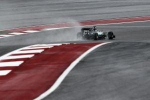F1, Austin: Hamilton il più rapido nelle libere 3, ma la pioggia non si ferma