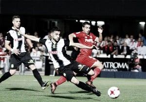 Michel Zabaco refuerza la defensa de la Ponferradina