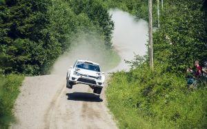 Latvala toma la delantera en Finlandia
