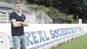 Finnbogason signs for Real Sociedad