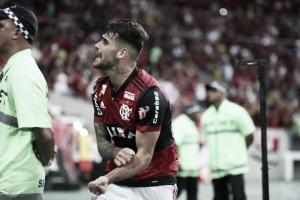 Juan iguala recorde de gols, Flamengo vira sobre Junior Barranquilla e sai em vantagem