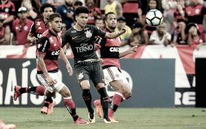 Briga entre companheiros e goleada na Ilha: Flamengo vence time misto do campeão Corinthians