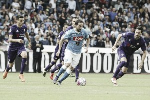 Risultato finale Fiorentina - Napoli (1-1): reti in avvio di Marcos Alonso e Higuain, un pari che non serve